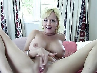 mutual masturbation with mommy