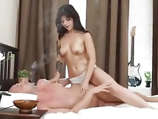 This is how an young Indian girl would like to get fucked