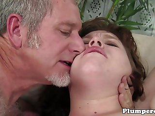 Huge plumper plowed after cocksucking guy