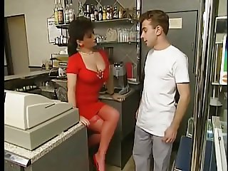 Busty MILF fucks young worker- vintage