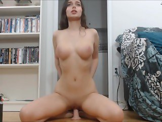 Hot Dildo Riding and Cumming on Cam
