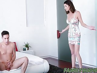 Naughty MILF Silvia Saige gets her cunt drilled on big bed
