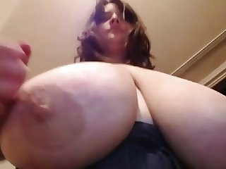 BBW Huge Tits Webcam