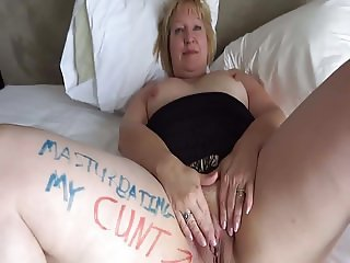 I'm a fuck pig whore, fingering my cunt for you