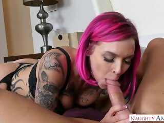 Anna Bell Peaks And Her Huge Tits