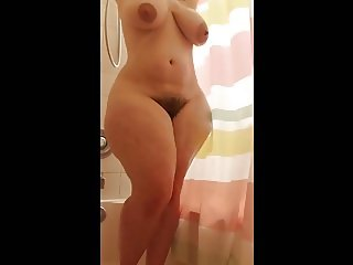 MM - Fat ass PAWG shower