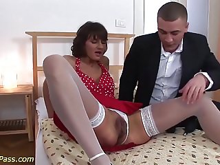 extreme stepmom needs rough sex games