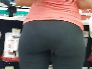 TWO NICE PLUMP ASSES