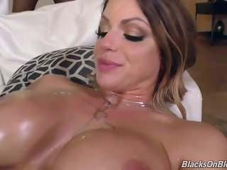 Brooklyn Chase And Five Cocks