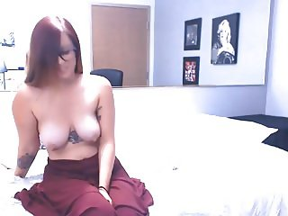 Horny College Babe Toying Her Pussy on Cam