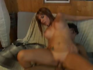 Cris Queen shows us Madrid after work and fucks Kiko