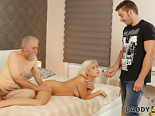 dadDY4K. Surprise your girlfriend and she will fuck your dad