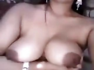 Friends wife showing her nude body
