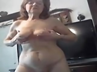 Grandma Fingering After Workout