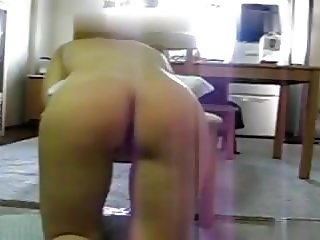 Young girl begging n crying extreme spanking