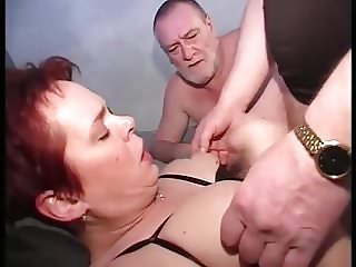 Sexy mature 3some