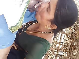 andhra aunty cheating husband sucking boyfriend