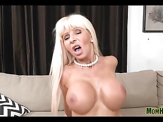 Slim Mommy Couch Fucking