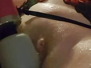 Essex Girl Lisa Doxy and Pissing fun