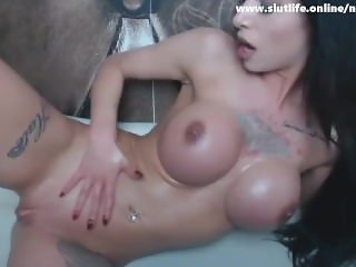 Milf Camgirl Let Georges Fuck Her Hard