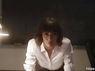 Janice Griffith controls her teacher for the sex she wants