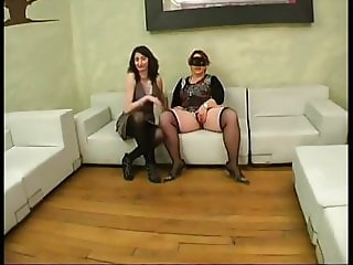 Ophelie bring a BBW for a groupsex