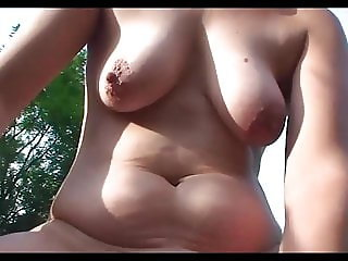 Amateurs mature outdoor porn