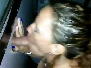 Hot wife blows stranger in the booth
