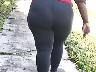 Phat ass booty jiggly bbw was so thick part 2