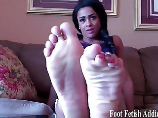 I want you to suck on my sweet little feet