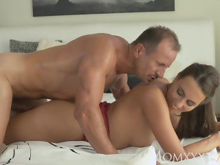 MOM So horny and wet this milf devours his cock and makes him come twice