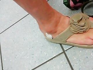 Candid blond horny mature red toes and faceshot