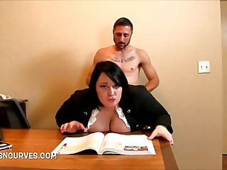 Every boss should have a secretary like this one