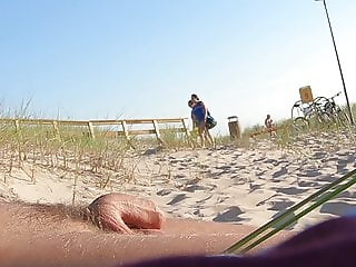 Nudist beach dick flashing 3, girls watching