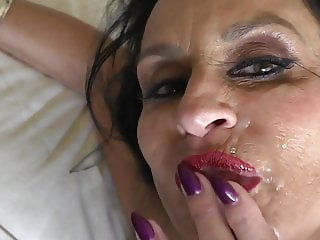 Hot MILF Facial