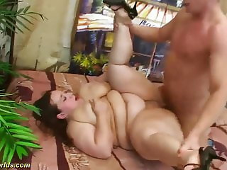 bbw babe gets rough fucked