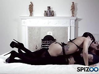 Spizoo - Julia de Lucia is punished by a big dick, big booty