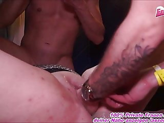 FAT GERMAN HOUSEWIFE FUCK THREESOME AND FIST THIS MUM