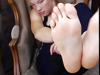 FEET IN FACE - Redhead Gymnast Feet - NO SOUND