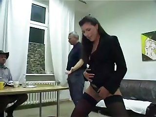 Donna Lucia piss domina (part 2)