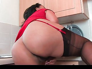Danica Collins In The Kitchen