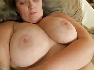 slut mature woman with big tits fucked creampie