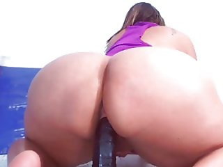 Huge jiggly ass getting fucked 2