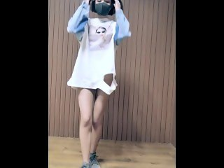 panama(C哩C哩) 短发萌妹子裸舞 slender Amateur teen Strip dance