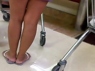 Mature nice legs and feet filipina
