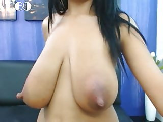 MILF with hung boobs and big nipples