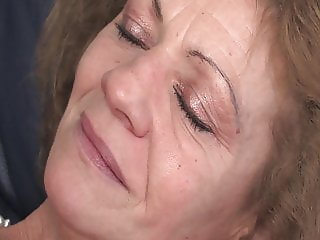Mature rewards her hubby with anal sex