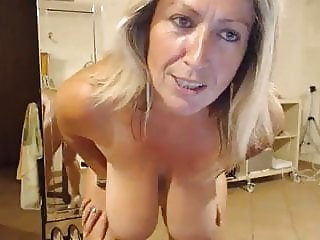 French huge boobs on cam