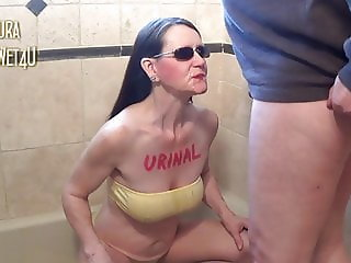Pissing Fun with Laura 05