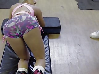 Jaqueline Marques Open butt in the Gym
